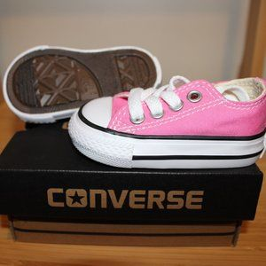 Pink converse all-stars (Infant)